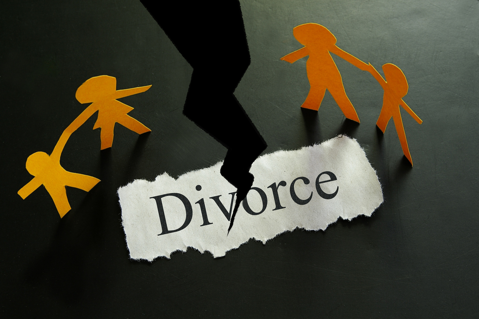 Family Law Attorney - Their Services