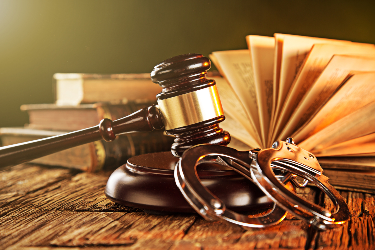Questions to Ask Before Hiring Criminal Lawyers